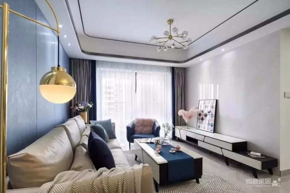 120㎡现代轻奢风三居室装修,简单吊顶+大白墙+整体柜,太有档次了!图_1