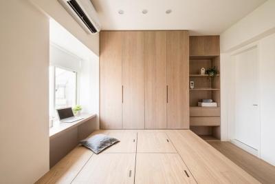木质元素打造出一个简约舒适的空间感。