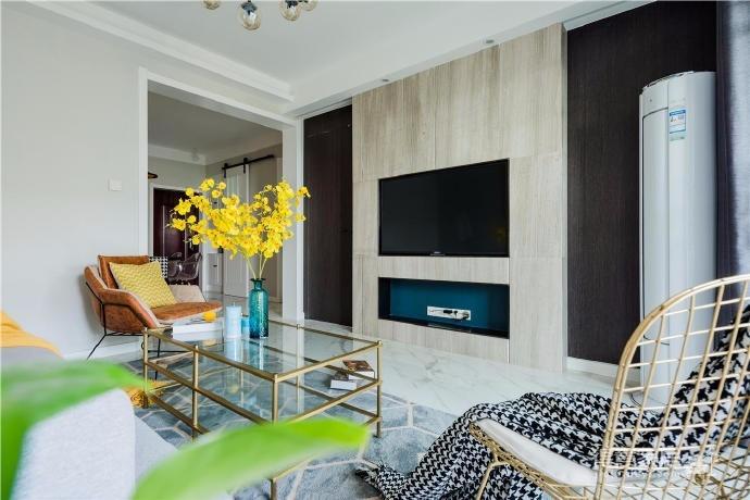 82㎡现代美式混搭风两居室软装设计