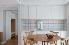 128平米四室两厅北欧风,原木色为底,辅以灰色与白色,空间通透自然图_5
