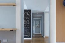 128平米四室两厅北欧风,原木色为底,辅以灰色与白色,空间通透自然图_2