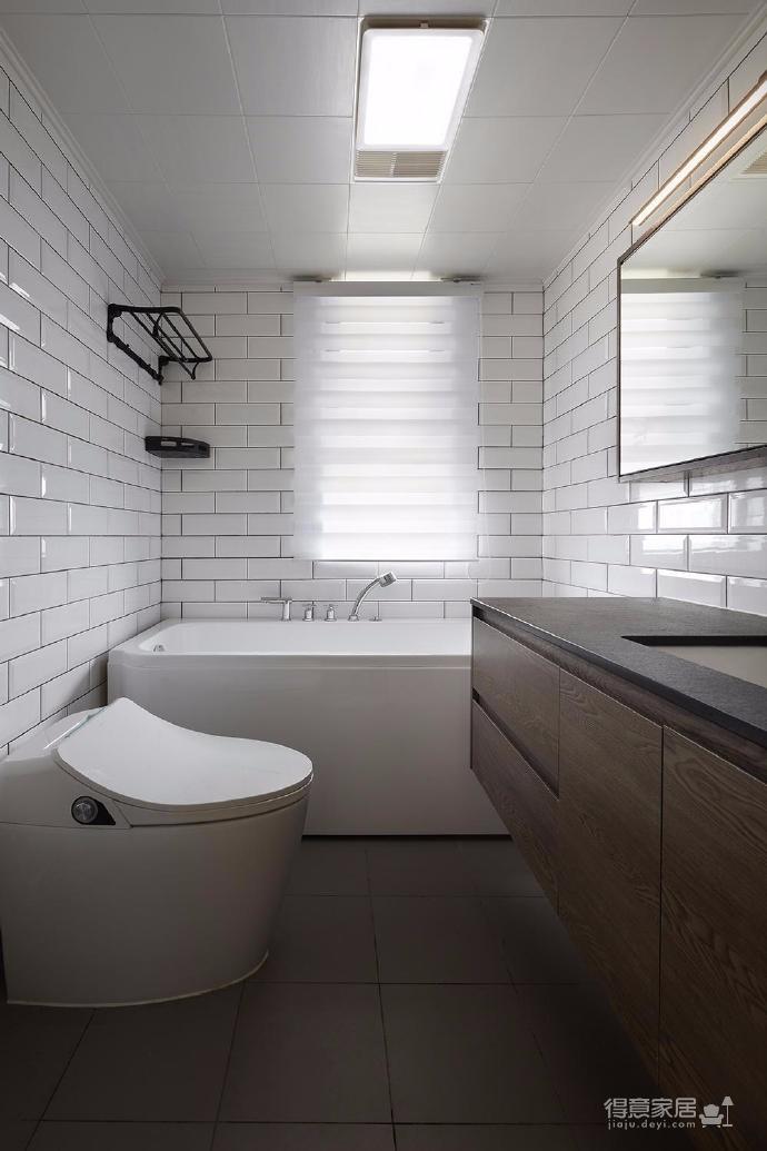 128平米四室两厅北欧风,原木色为底,辅以灰色与白色,空间通透自然图_8