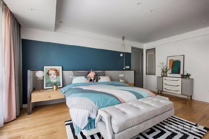 128㎡莫蘭迪色輕奢三居室設計案例