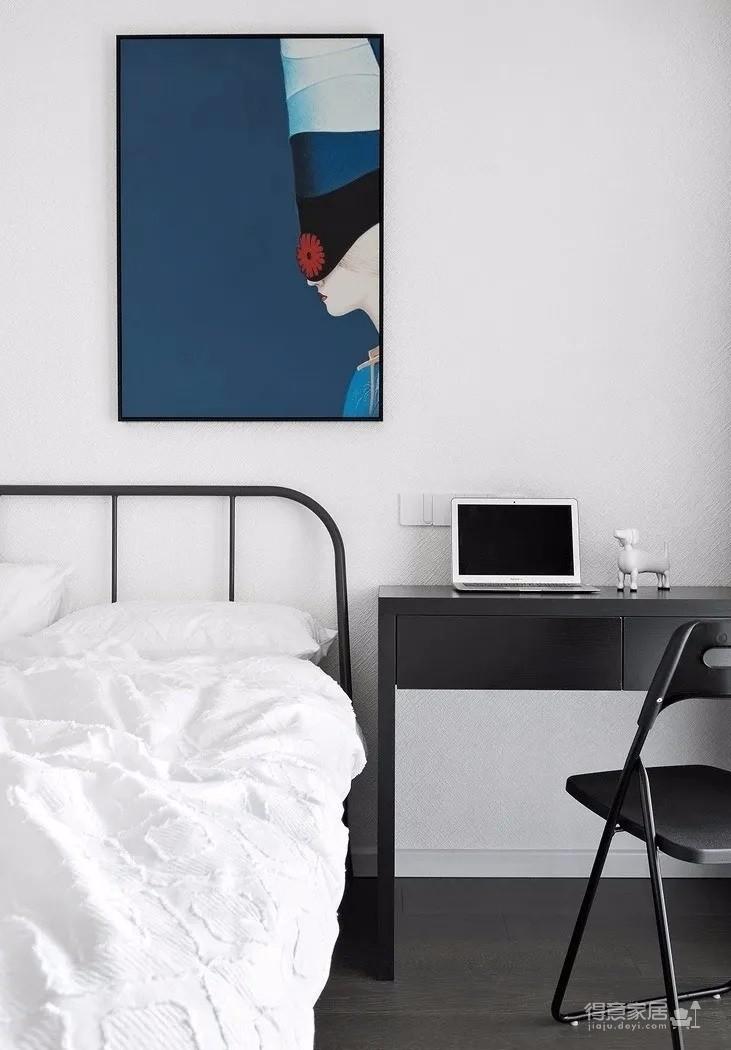 137㎡現代主義3室2廳,黑白時尚演繹永恒經典