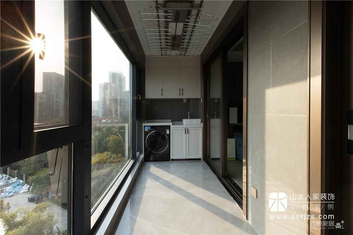 【水墨江郡】187平三室两厅现代极简