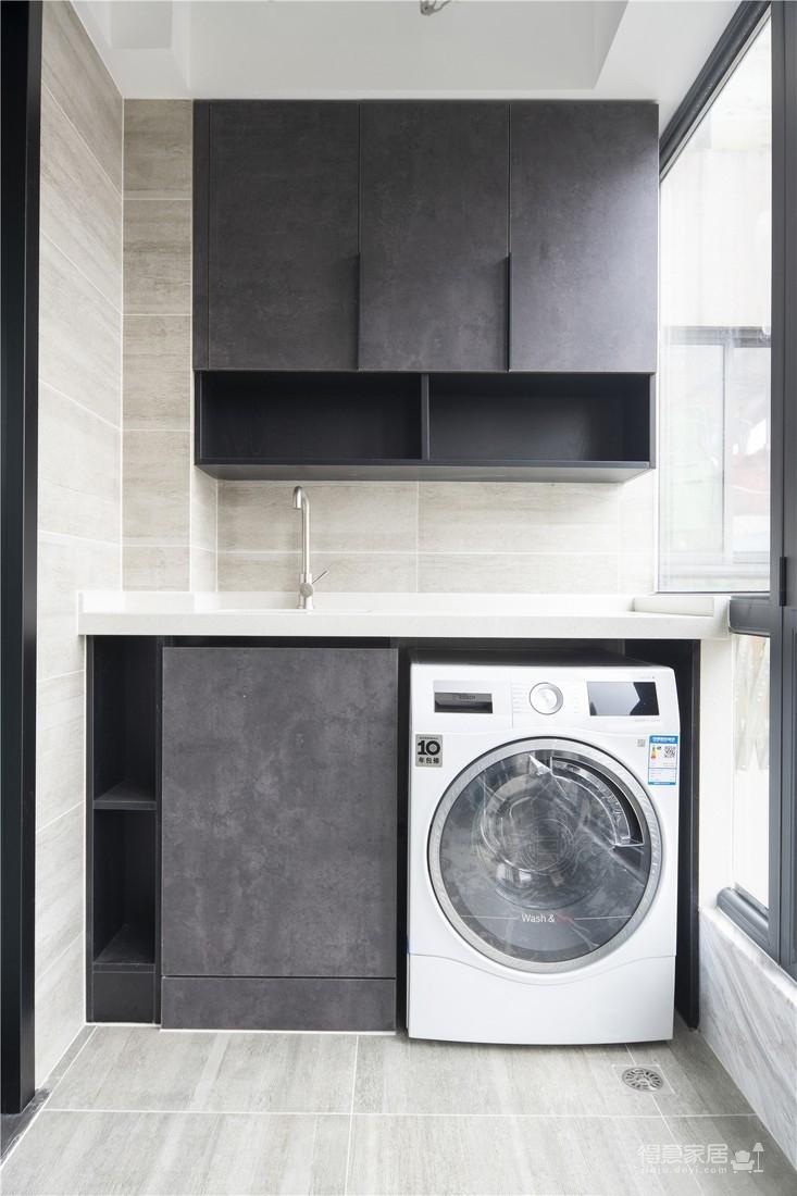 120平现代三室两厅黑白灰