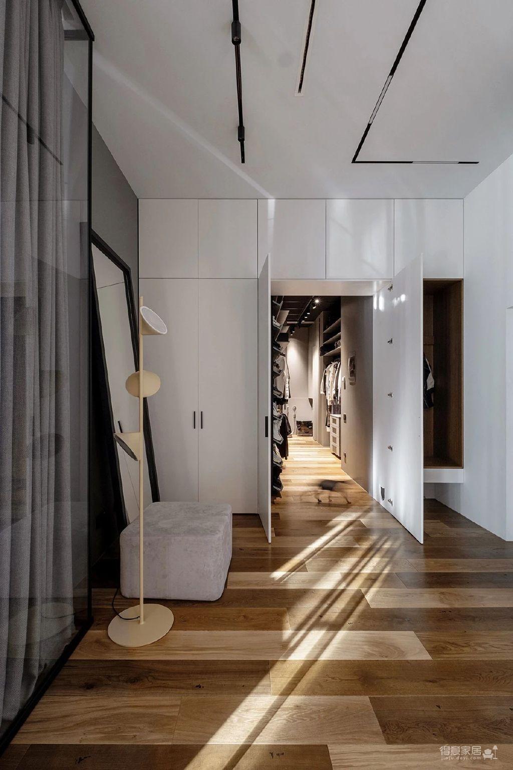 三间小公寓拼凑而成的136平大宅,时髦得不像话图_3