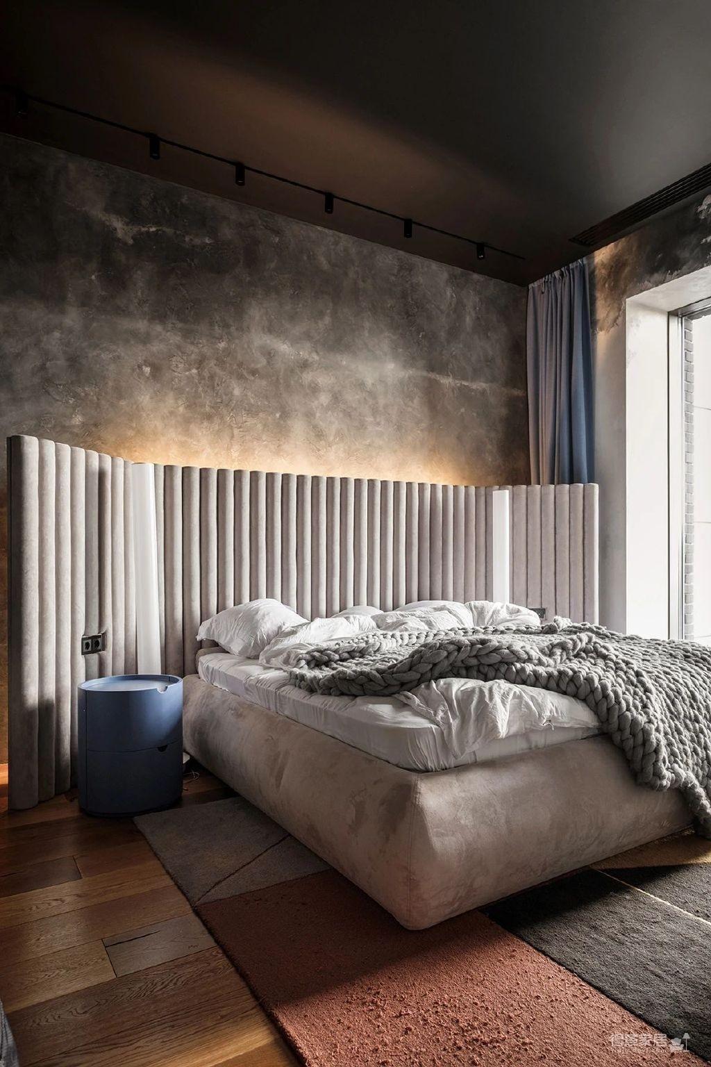 三间小公寓拼凑而成的136平大宅,时髦得不像话图_6