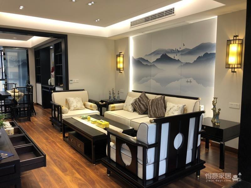 【保利公园九里】105平三室两厅新中式风