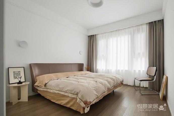 木白为主,暖橙点缀,灰色打底,整体空间给人静谧温馨的感觉图_4