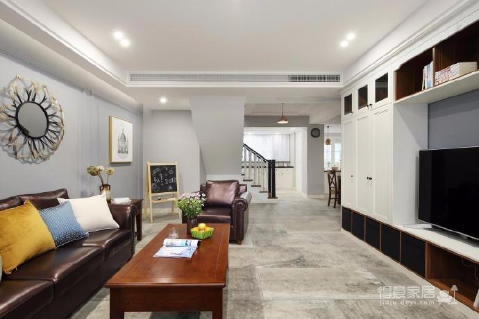 整个空间用材比较反常规,打破固有美式的套路,复古自然的水泥砖。