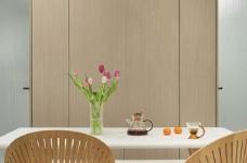 木白为主,暖橙点缀,灰色打底,整体空间给人静谧温馨的感觉图_6
