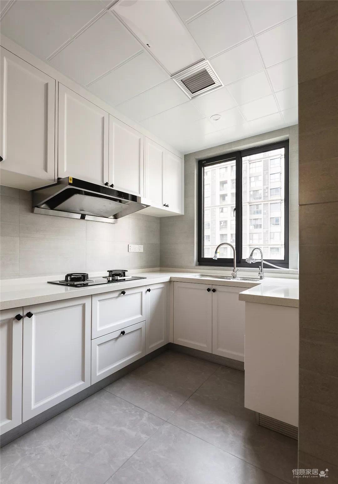 132㎡现代主义4室2厅,高级灰彰显优雅气质感