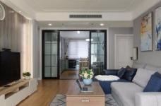 家具的配置虽然简单,但相得益彰,细节之处的考量,让人温暖图_1