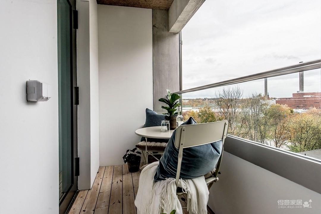 110平三室两厅现代简约风