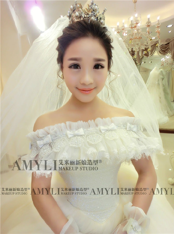 韩国订制婚纱 头纱,艾米丽新娘造型,让你做最美韩范儿图片