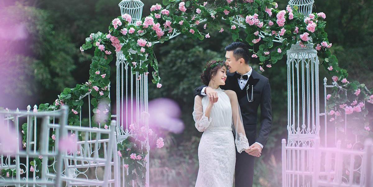 参加好友婚礼,感觉就像来到童话中王子公主结婚现场