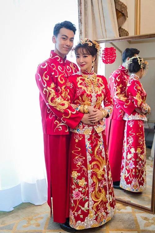 创造性地打造出包括盖头,绣花鞋,旗袍等中式嫁衣全套系列,发展至今图片