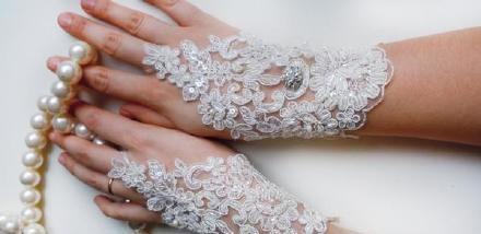 新娘婚纱手套就是这么好看~