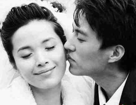 靳东妻子竟然是她