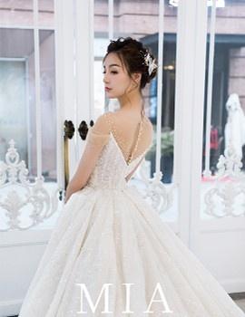 MIA最新——深V公主蓬裙
