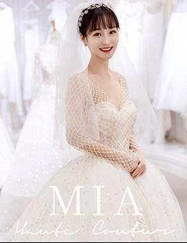 奢华珍珠抹胸婚纱